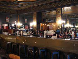 Le bar du Delaville