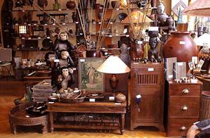 Boutique_les_trois_singes_intrieur_